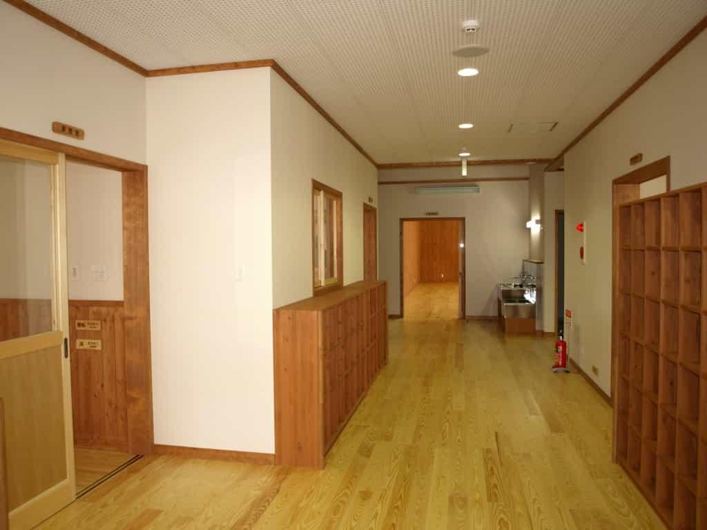 松本市高宮児童センターホール