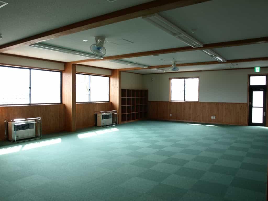 松本市高宮児童センター集会室