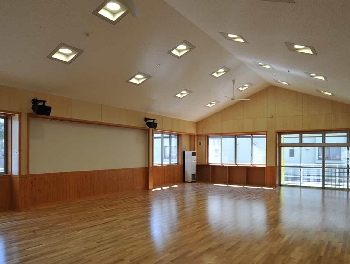 松本市堀米保育園遊戯室