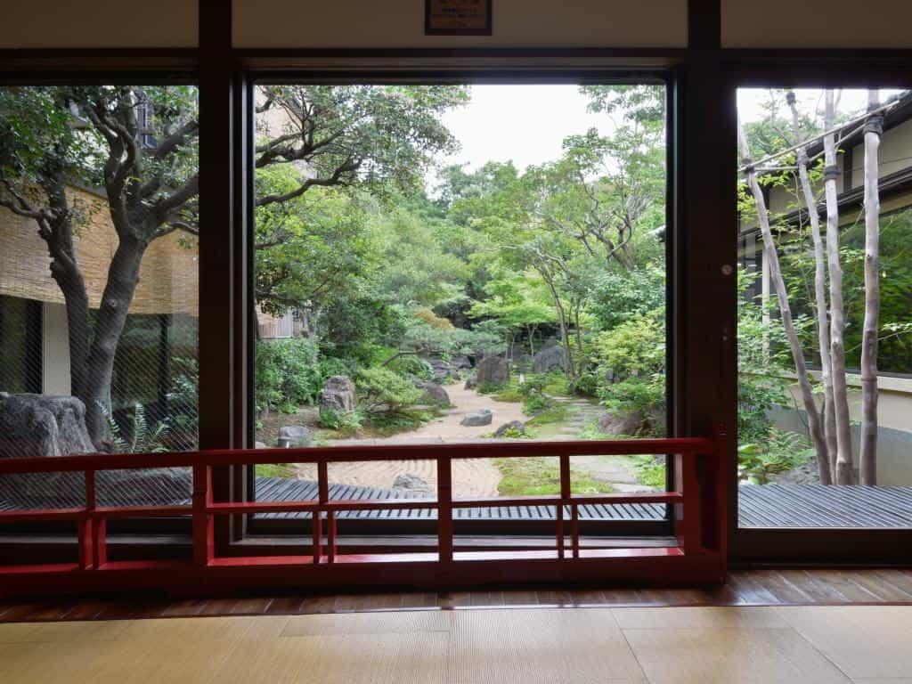 板橋区さやの湯処日本庭園