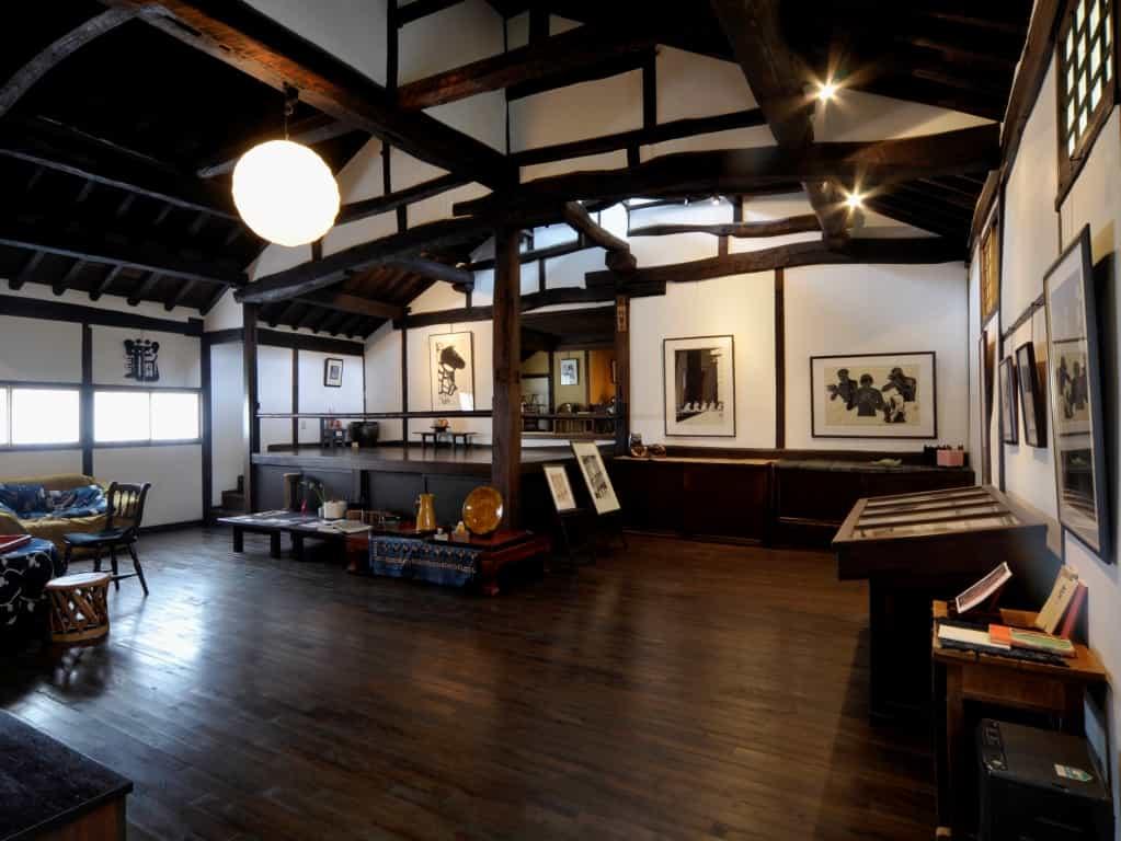 千曲市杏の里板画館ギャラリー